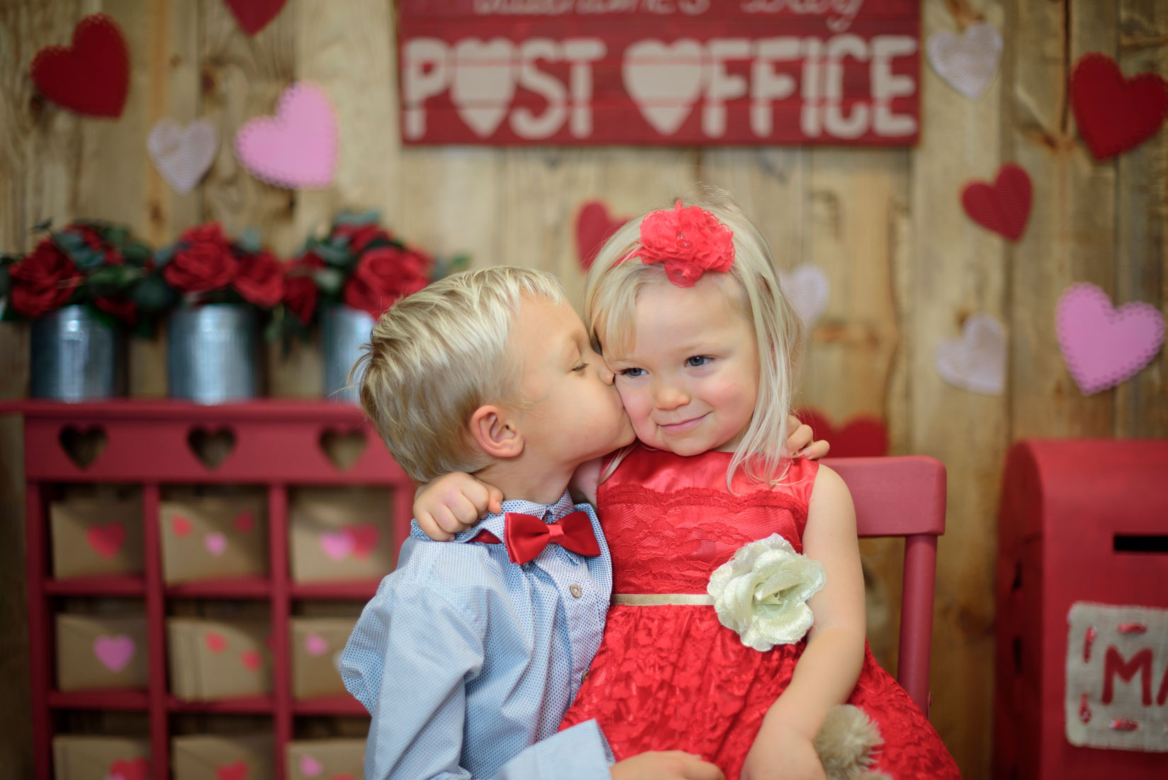 Valentine's Day Post Office' Photo Session
